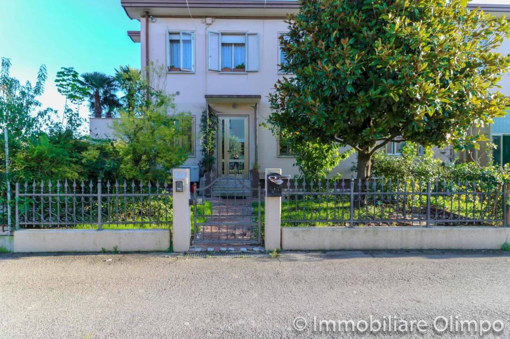 Appartamento in vendita Rif. 8912324