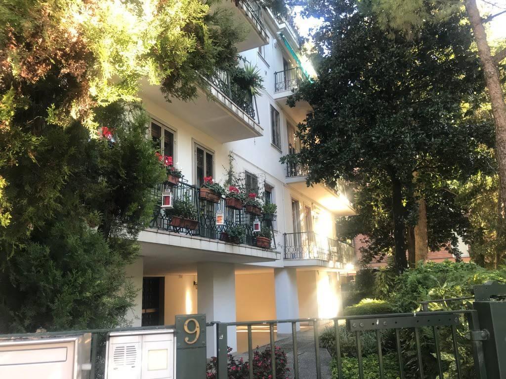 Appartamento in buone condizioni in vendita Rif. 8912038