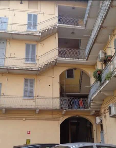 Appartamento in buone condizioni in vendita Rif. 8913516