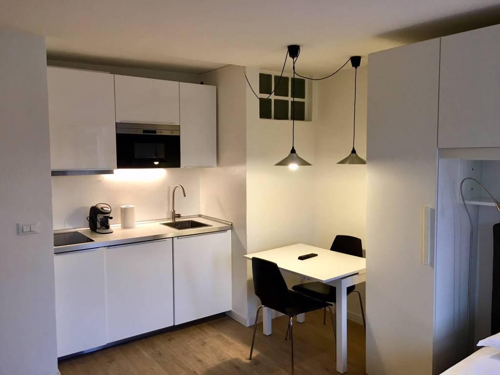 Appartamento in ottime condizioni arredato in vendita Rif. 8911935