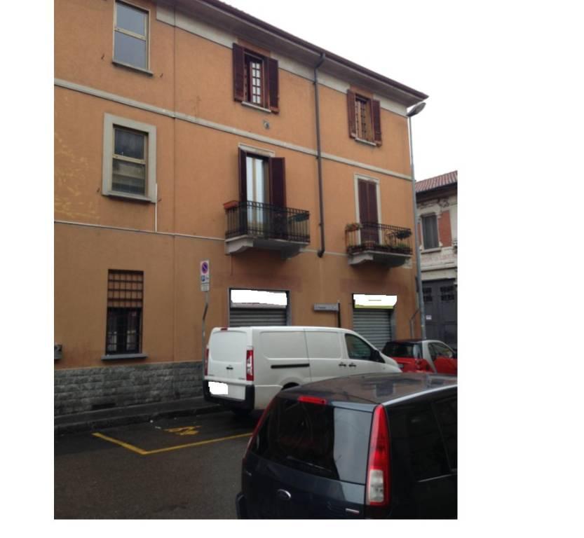Appartamento in buone condizioni in vendita Rif. 8909427