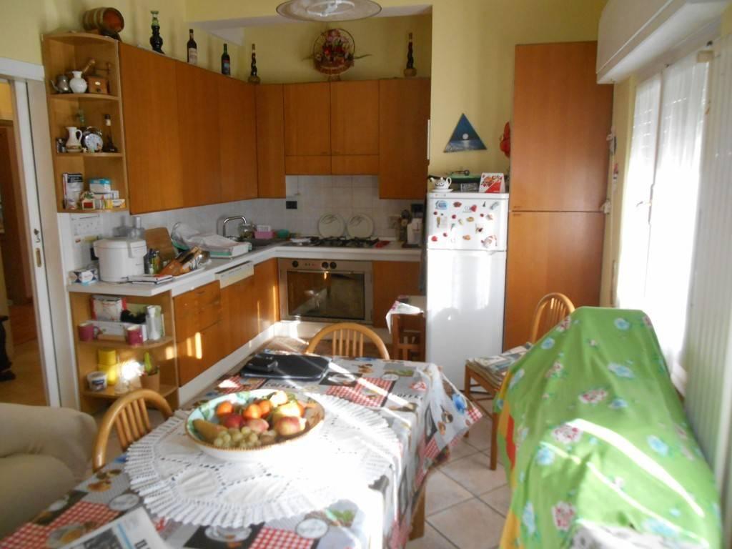 Pontedera Bellaria - Ampio Appartamento con garage