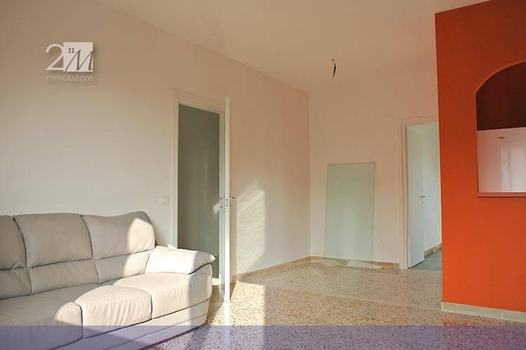 Appartamento in ottime condizioni arredato in affitto Rif. 8911589