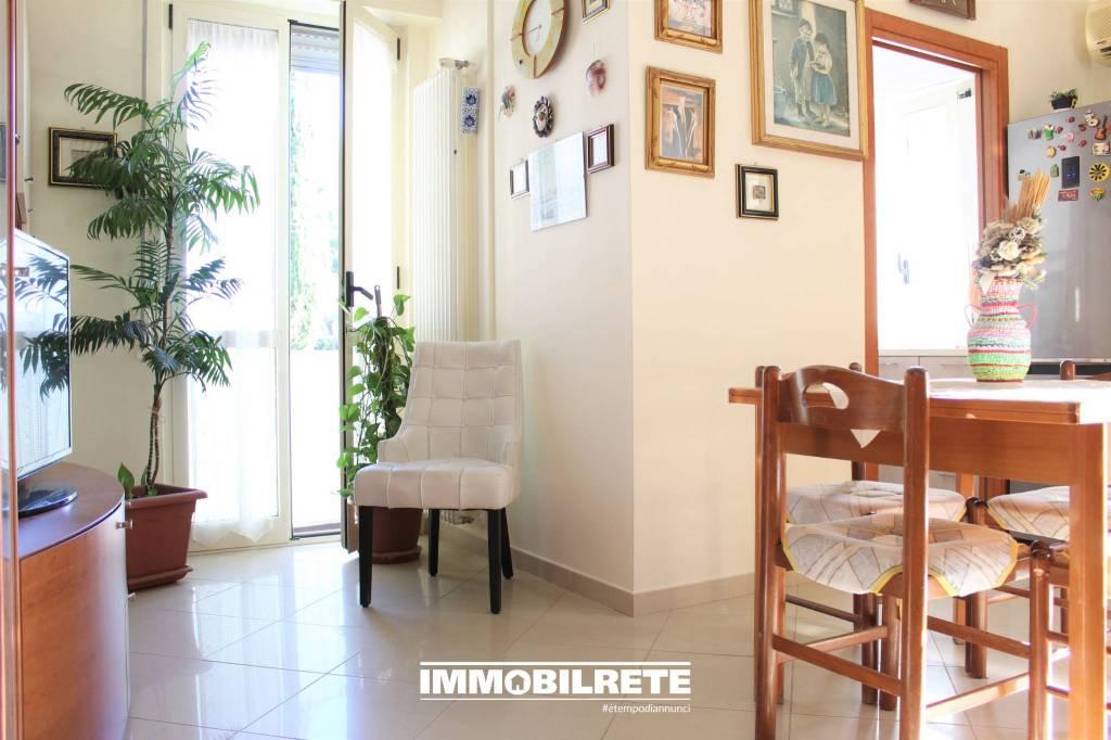 Appartamento in ottime condizioni in vendita Rif. 8924322