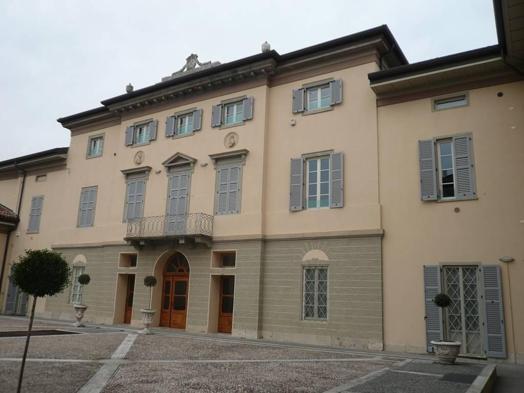 Attico / Mansarda in vendita a Ranica, 2 locali, prezzo € 195.000 | PortaleAgenzieImmobiliari.it