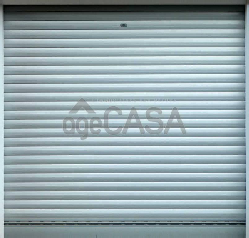 Box e posti auto in ottime condizioni in vendita Rif. 8925659