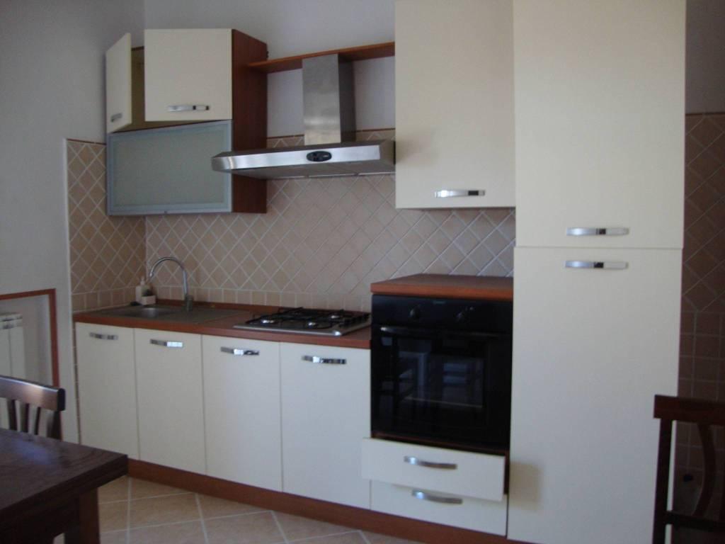 Appartamento in ottime condizioni in vendita Rif. 8926457