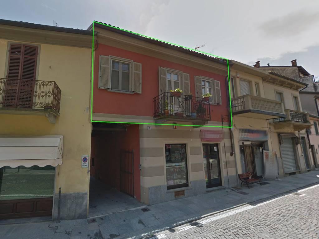 Appartamento in ottime condizioni in vendita Rif. 8936954