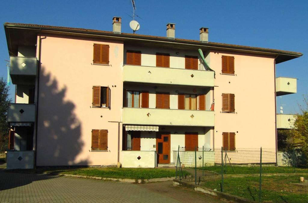 Appartamento in vendita a Voghera, 2 locali, prezzo € 72.000 | CambioCasa.it