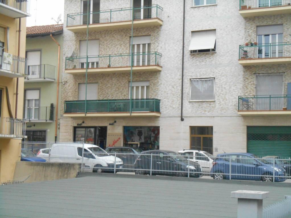 Negozio / Locale in vendita a Alba, 1 locali, prezzo € 115.000 | CambioCasa.it