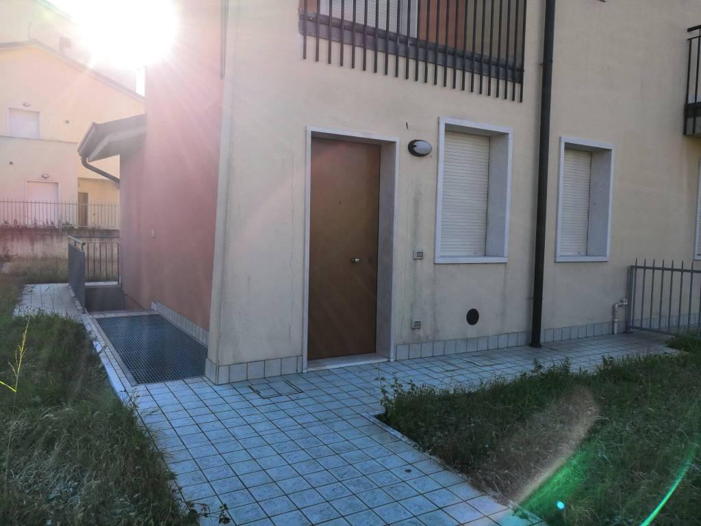 Appartamento in affitto Rif. 8921846