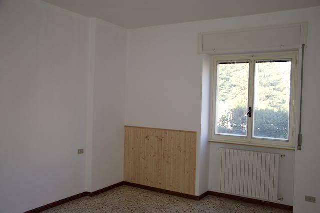 Appartamento in buone condizioni in vendita Rif. 8921490