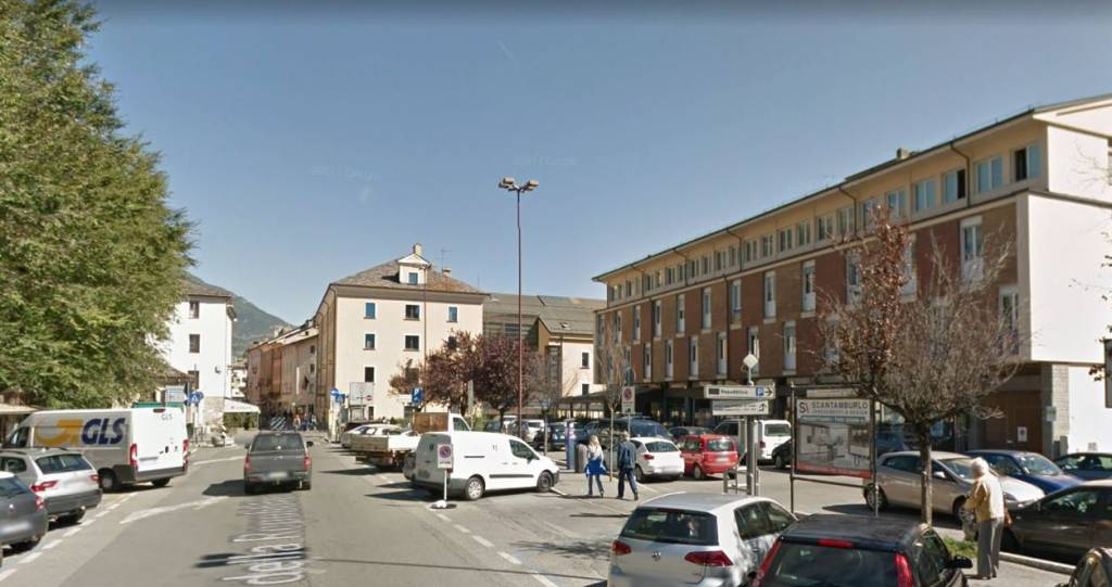 Locale Commerciale in Affitto Rif. 8924074