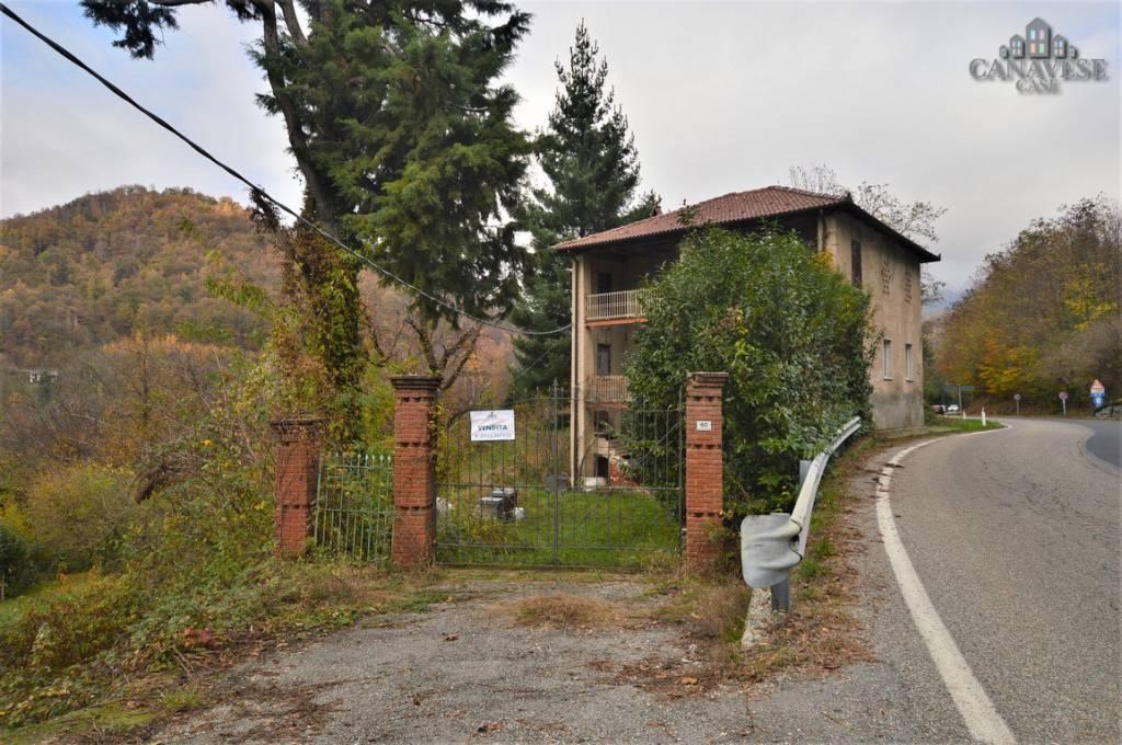 Rustico / Casale da ristrutturare in vendita Rif. 8924416