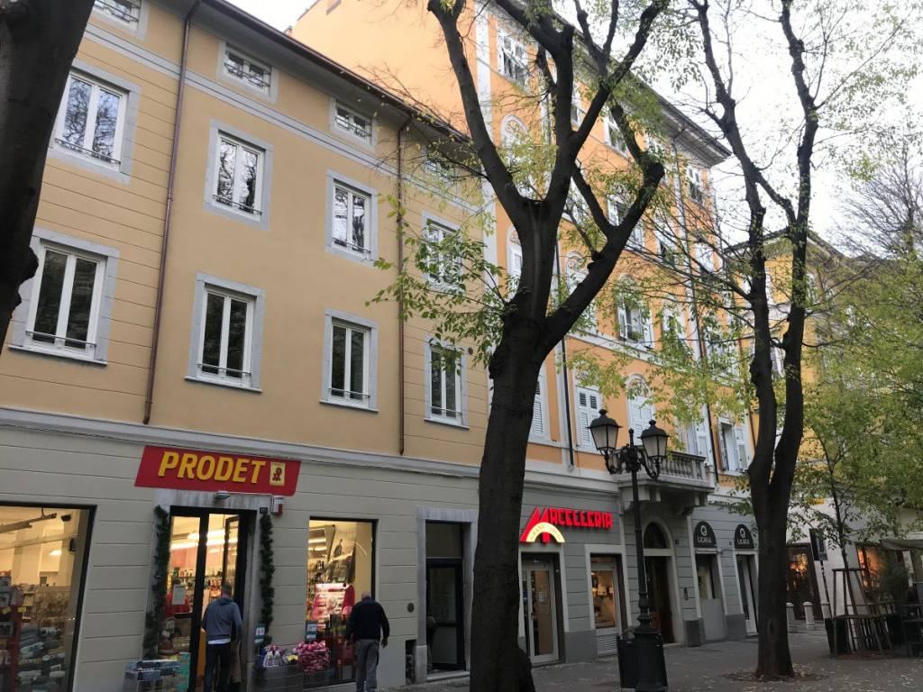 Appartamento in ottime condizioni in vendita Rif. 8923052