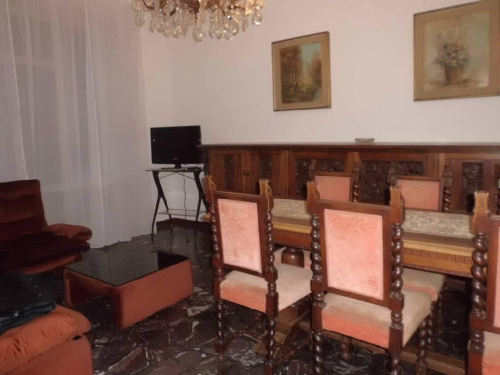 Appartamento in buone condizioni arredato in affitto Rif. 8922922