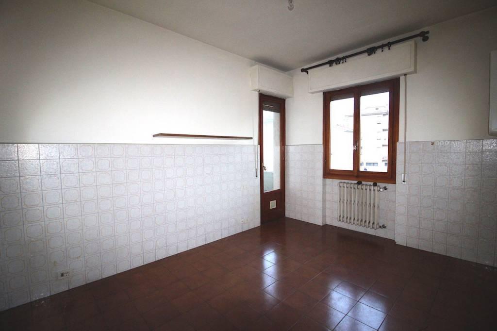 Appartamento in buone condizioni in vendita Rif. 8926942