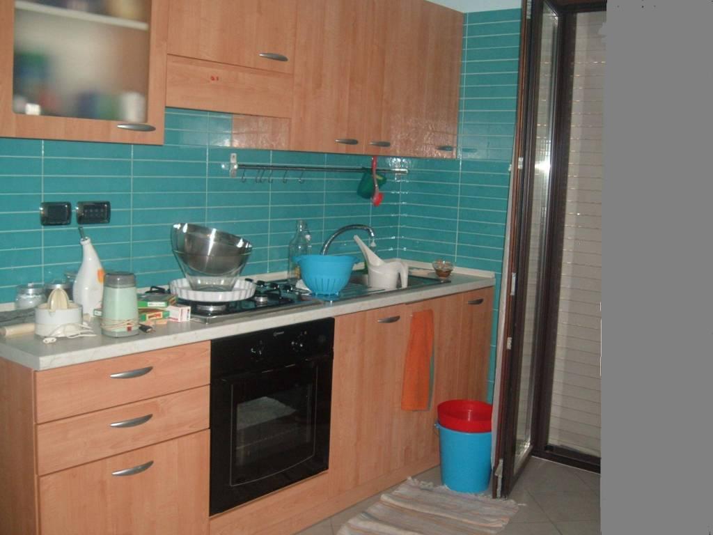 Appartamento in buone condizioni arredato in affitto Rif. 8924647