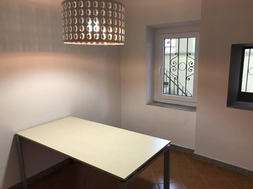 Magazzino - capannone in affitto Rif. 8938806