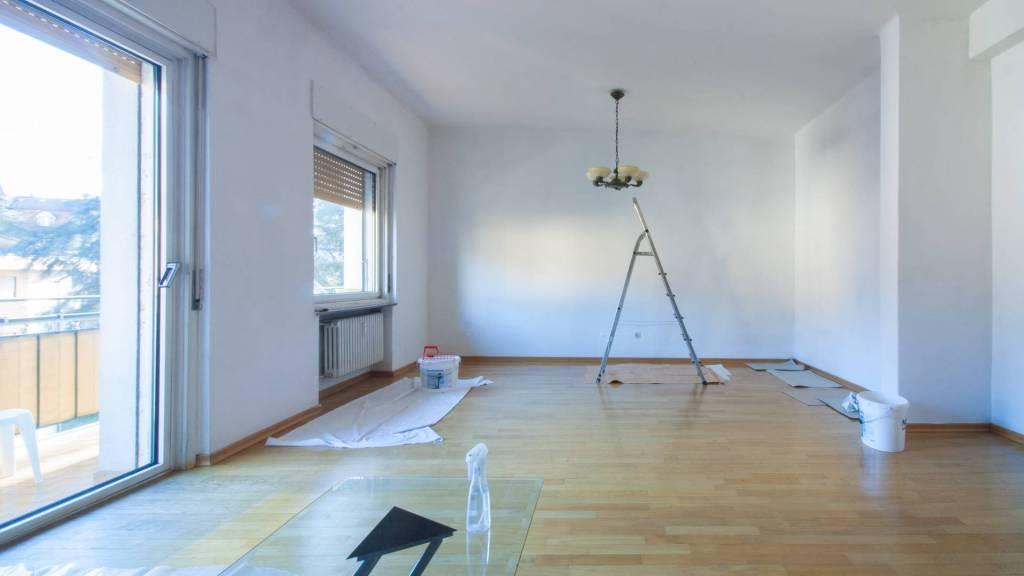 Appartamento di ca. 115 mq situato al terzo e ultimo piano