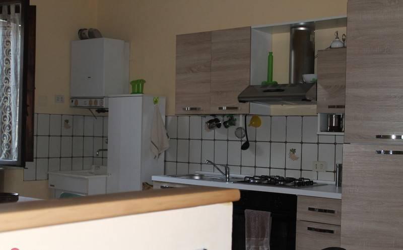 Appartamento in ottime condizioni in vendita Rif. 8972677