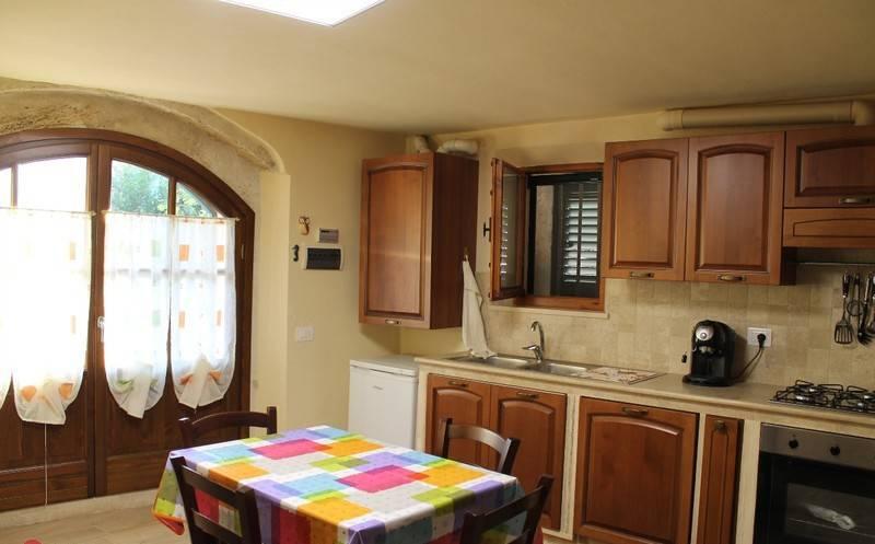 Appartamento in ottime condizioni arredato in vendita Rif. 8997956