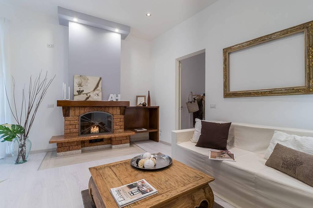 Appartamento in ottime condizioni in vendita Rif. 8938030