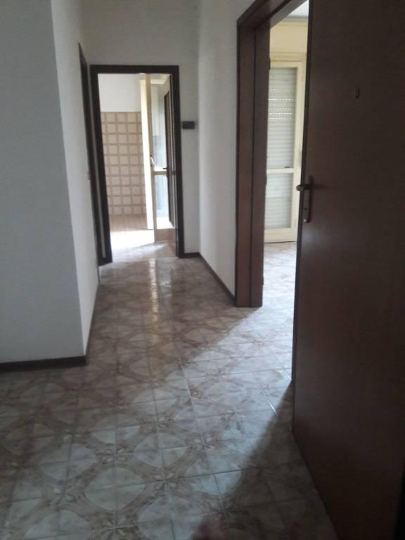 Appartamento da ristrutturare in vendita Rif. 8939486