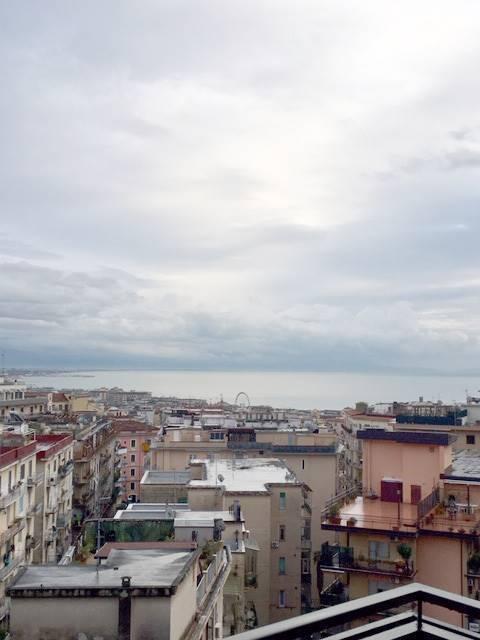 Salerno Via Camillo Sorgente vista mare