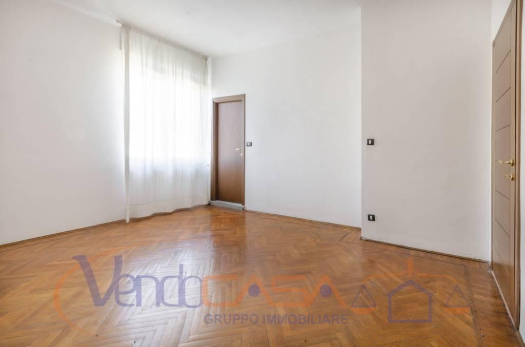 Foto 1 di Appartamento via Emanuele Morozzo della Rocca 4, Mondovì