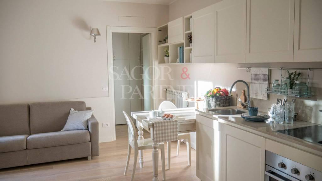 Appartamento in ottime condizioni in vendita Rif. 8939667