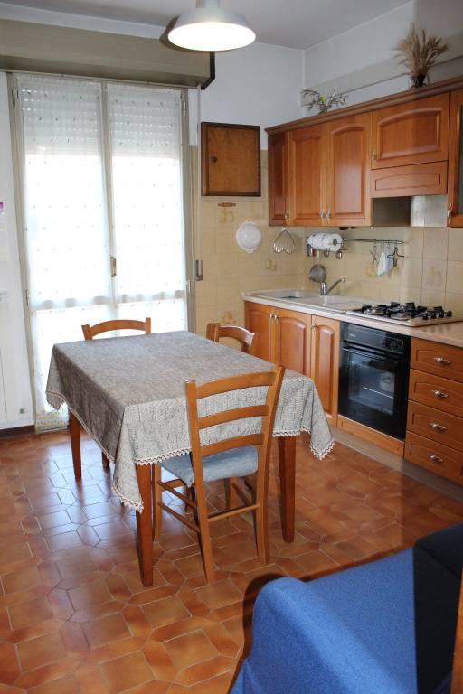 Appartamento in buone condizioni in vendita Rif. 8935241