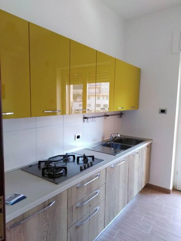 Appartamento in buone condizioni parzialmente arredato in vendita Rif. 8937781