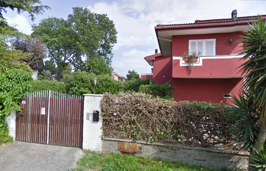 Valcanneto - Appartamento piano terra con giardino