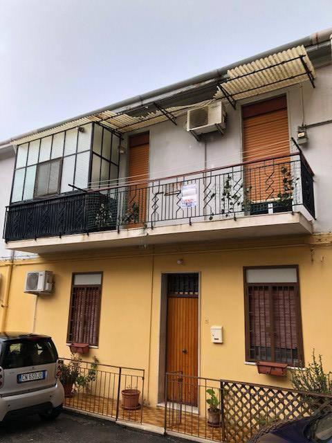 Appartamento in Vendita a Messina Periferia Sud: 2 locali, 90 mq