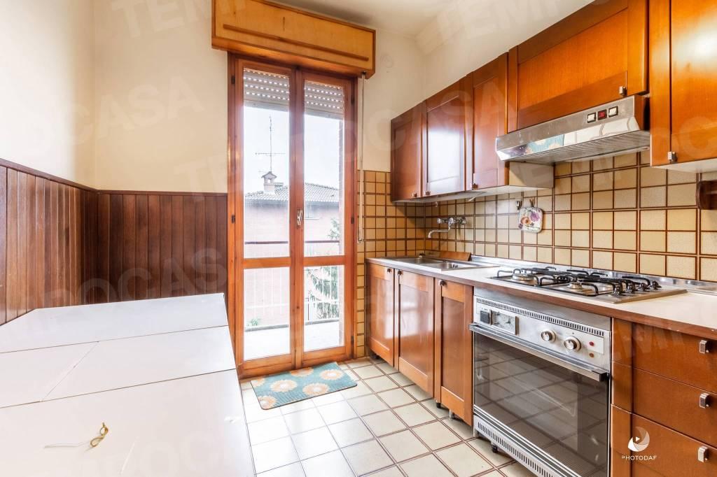 Appartamento in buone condizioni in vendita Rif. 8938726