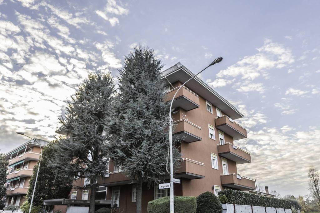 Appartamento in ottime condizioni in vendita Rif. 8936601