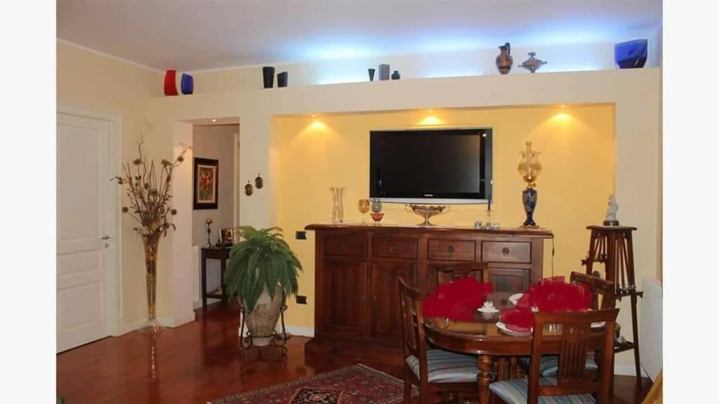 Appartamento in Vendita a Messina Periferia Sud: 3 locali, 92 mq