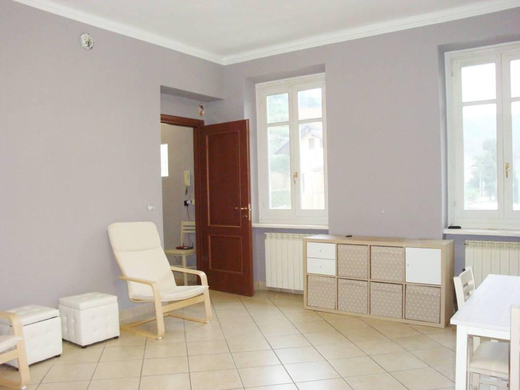 Appartamento in ottime condizioni in affitto Rif. 8936264