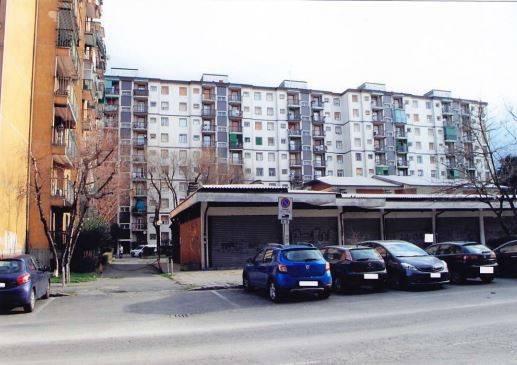 Appartamento in buone condizioni in vendita Rif. 8948557