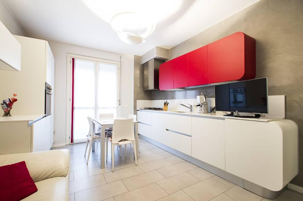Appartamento in ottime condizioni in vendita Rif. 8911391