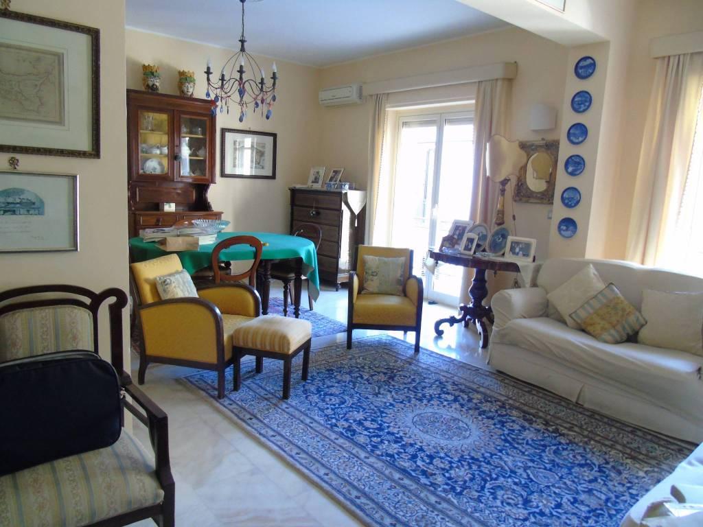 Appartamento 5 locali in vendita a Reggio di Calabria (RC)