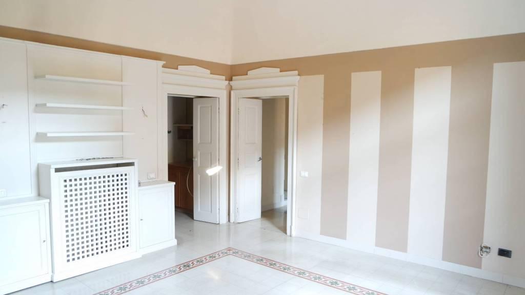 Appartamento in affitto a Vercelli, 3 locali, prezzo € 600 | CambioCasa.it