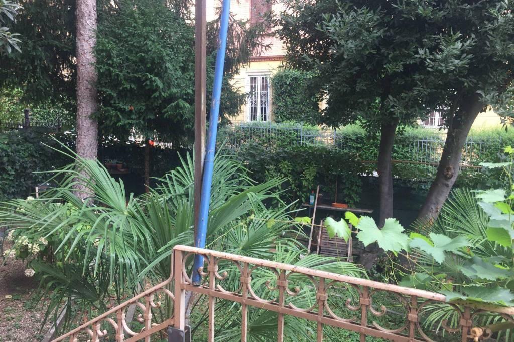 Via Giuseppe Cesare Gualandi appartamento in trifamiliare