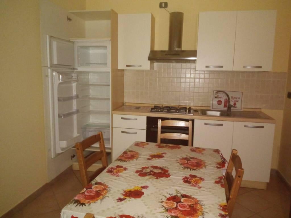Appartamento in buone condizioni arredato in affitto Rif. 8949013