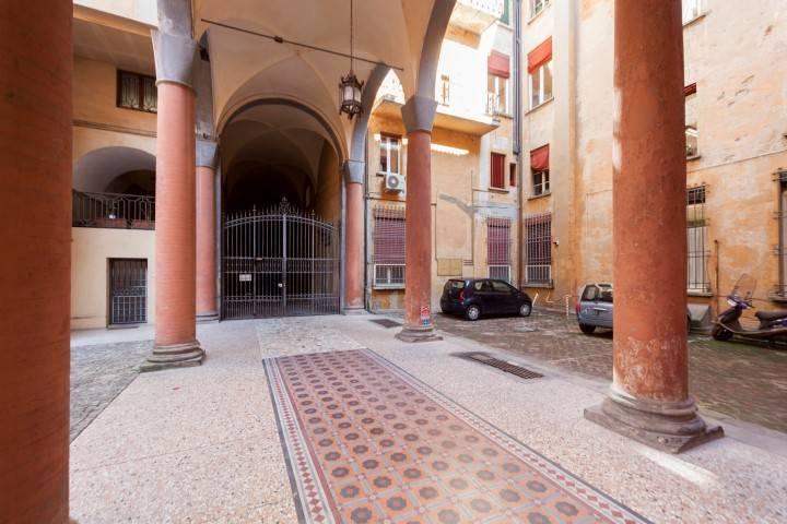 Appartamento in ottime condizioni in vendita Rif. 8948811