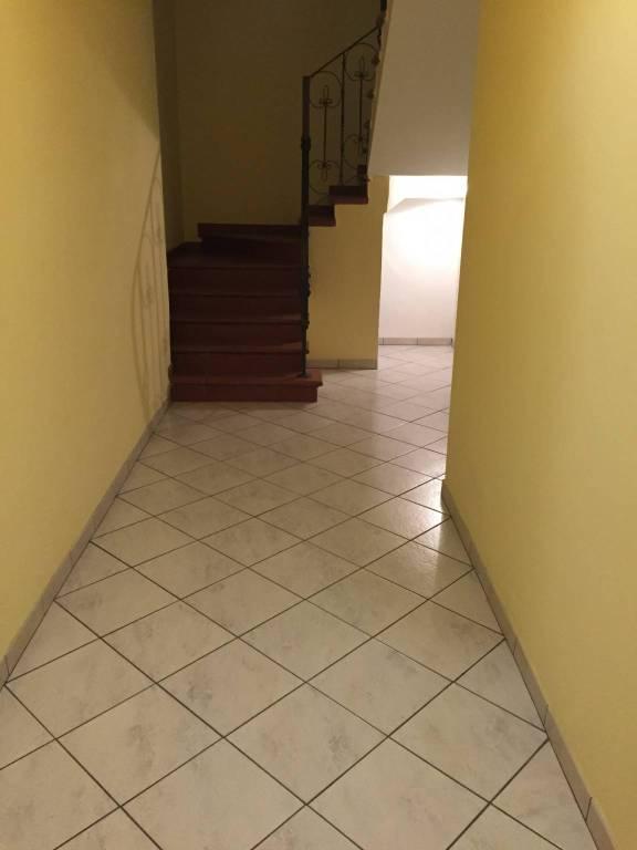 Appartamento in ottime condizioni in vendita Rif. 8948678