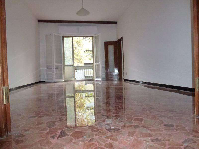 Appartamento da ristrutturare in vendita Rif. 8948581