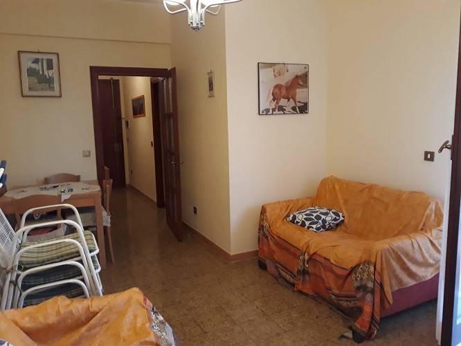 Appartamento in vendita a Ladispoli, 2 locali, prezzo € 144.000 | CambioCasa.it