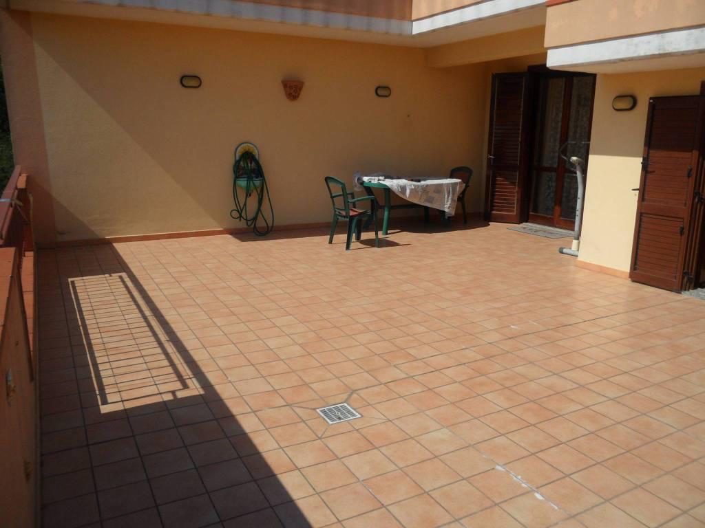 Appartamento in ottime condizioni in vendita Rif. 8948721